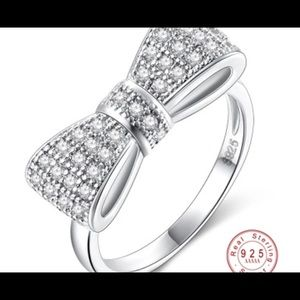 NEW💍💍NEW 925 Sterling Silver Bow Ring